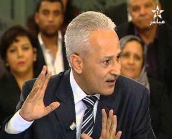 البرلماني السابق كمال عبد الفتاح يكسب رهان قانون الصحافة و النشر.
